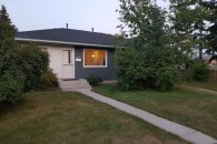 Highland Park basement suite at 4628 4 St NW, Calgary, AB T2K 1A2, Canada for